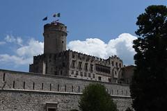Trento  - Castello del Buonconsiglio (PierBia) Tags: castello trento nikon d810 nuvole bandiere alberi trentino alto adige italia clouds flags tree italy secolo xiii