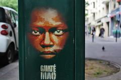 Guaté Mao_4936 avenue de la République Paris 11 (meuh1246) Tags: streetart paris guatémao avenuedelarépublique paris11 enfant