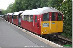 483008, Shanklin, May 28th 2017 d (Bristol RE) Tags: 1938stock metropolitancammell metrocammell shanklin 483008 483 class483 008 128 228 londontransport islandline isleofwight 10255 11255