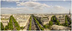 PARIS vu de la terrasse de l'arc de triomphe (regis.muno) Tags: paris nikond7000 arcdetriomphe panorama pano panoramique latoureiffel leschampselysées iledefrance france