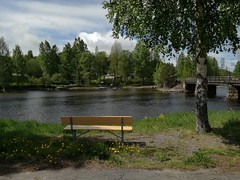 Hello (ΞSSΞ®®Ξ) Tags: ξssξ®®ξ huaweip9lite water lake 2017 hälsingland sweden sverige countryside trees noedit outdoor evening landscape bench