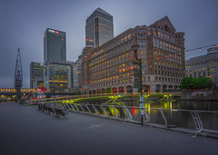 London - Canary Wharf South Quay Footbridge (Wizard CG) Tags: blue hour borough bridge cabot square canary wharf docklands england great britain heron quays hsbc isle dogs london millennium dome o2 one canada river skyscrapers south quay tower hamlets tube twilight uk underground united kingdom west india docks outdoor architecture building complex city ngc world trekker longexposure