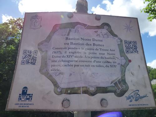 Boulevard Maréchal Joffre, Beaune - Bastion Notre Dame - plaque