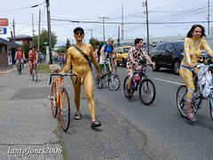 DSCN1975 (IantoJones2006) Tags: fremont solstice cyclists 2017 naked bike seattle parade nude painted body paint bicycle