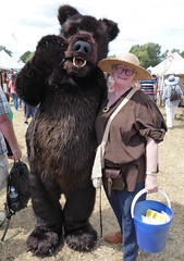 Medieval Festival, Grin and Bear It! (jacquemart) Tags: medievalfestival greenman bear tewkesbury grinandbearit