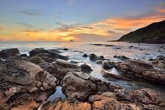 外木山~奇岩晨彩~ Rock Sunrise (Shang-fu Dai) Tags: 台灣 taiwan formosa 基隆 外木山 萬里 神桌 日出 sunrise nikon d800e sea rock afs1635mmf4 北海岸 奇岩怪石 戶外 海 海灘 海洋 海岸 日落 水 岸邊 天空