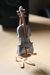 IMG_6163 (Stirlingite) Tags: geige violine art kunst artist geigen miniatur violin