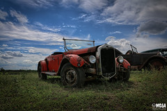 It's a good day for a road trip (Abandoned Rurex World.) Tags: automobile abandonné abandon hdr 2017 urban urbex rurex mga explored abandoned car lost place old vintage decay derelict ue exploration urbaine canon 1022mm 70d forgotten memento mori ford