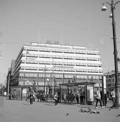 Järntorget (rotabaga) Tags: sverige sweden svartvitt göteborg gothenburg lomo lomography lubitel166 tmax100 r09 blackandwhite bw bwfp twinlens