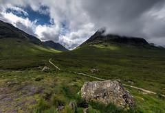 Buachaille Etive Mor - Scotland (Jan Hoogendoorn) Tags: unitedkingdom scotland altnafeadh natuur nature bergen mountains buachailleetivemor glencoe