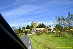 La Roque-Gageac en Dordogne (sebastien colpin) Tags: dordogne patrimoinenaturel nature châteaux paysage portraits périgord nouvelleaquitaine village châteaufort guerredecentans tourisme laroquegageac gabarre gabarrecaminade rivière