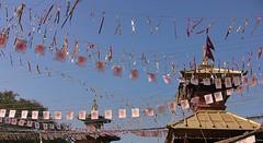 """NEPAL , Pashupatinath, Hindutempel und Verbrennungsstätten , 16295/8613 (roba66) Tags: tempelstättehinduismusshivaitentempelverehrungsstätteshivatraditionreligion reisen travel explore voyages roba66 visit urlaub nepal asien asia südasien kathmandu geschichtepashupatinath""""pashupatinath""""""""pashupatinath""""""""herralleslebendigen"""" menschen people leute frau woman portrait lady portraiture pashupatinath """"pashu pati nath"""" """"pashupati """"herr alles lebendigen"""" tempelstätte hinduismus shivaiten tempel verehrungsstätte shiva tradition religion"""