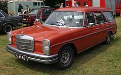 /8 Kombi (Schwanzus_Longus) Tags: bockhorn german germany old classic vintage car vehicle station wagon estate break kombi combi mercedes benz 220d 220 d diesel universal