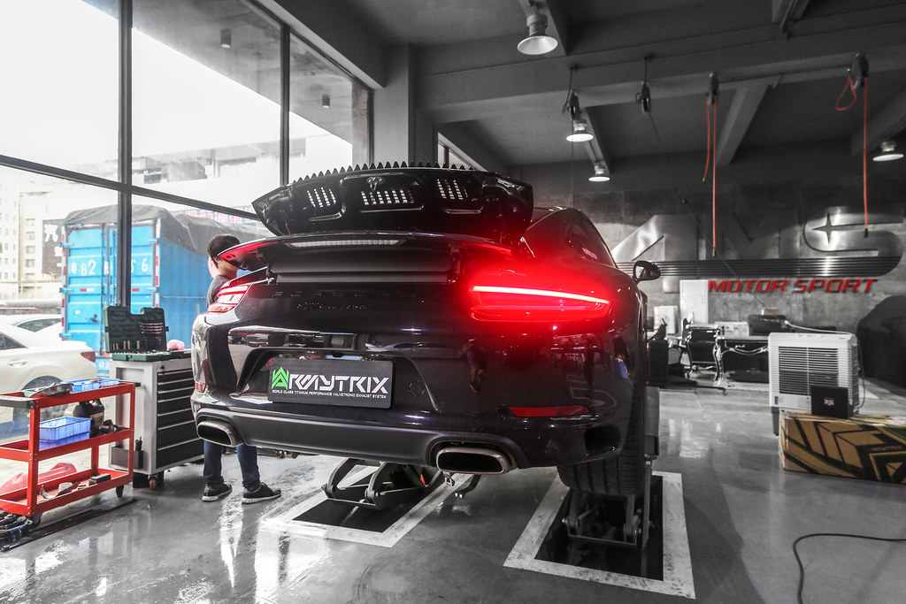 The world 39 s best photos of gt3 and italia flickr hive mind for Mercedes benz b9 service