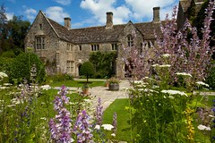 Nymans NT...Sussex (Adam Swaine) Tags: nymans nymanssussex sussex sussexgardens nationaltrust nature gardens england english flowers flora britain british historicalbuildings historical ukcounties uk canon countryside counties swaine naturelovers beautiful