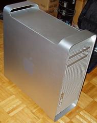MacProThreeQuarterView_zps7xrxlv3p (Kenmac) Tags: apple macintosh mac computer magic mouse monitor aluminum keyboard pro