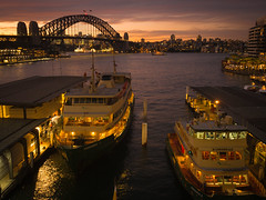 Sydney Harbour 4 (Mariasme) Tags: thesydneyharbourbridge sydney harbour water ferries bridge sunset waterscape