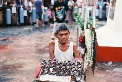 (Jose Mari Manio) Tags: philippines quiapo manila minolta srt film fujicolor street filipino analog rokkor superia