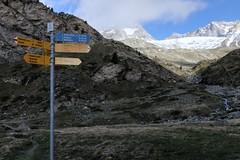 3hr 05 min to go. . . (David Allen's Photostream) Tags: 2017 switzerland zermatt mountains signpost