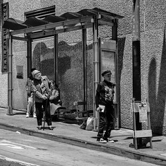 L'impatience (guillaumegesret) Tags: sanfrancisco girl woman world transport transit black bus life line stop lifestyle light lieu love china street streetview streetphotogrpahie streetphotographer structure streetart style station blanc blackandwhite blackwhite ville city urbanstreet