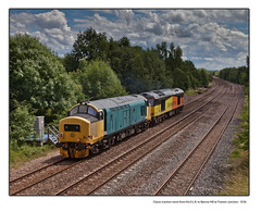 Classic traction move from the E.L.R. to Barrow Hill at Treeton Junction - 3536 (Views in Camera) Tags: treetonjunction elr eastlancsrailway colasrail class60 60026 class37 37418 d6971 ancomunngaidhealach 0z60 elrcastletonhopwoodgftobarrowhillnorthjn northmidland oldroad tinsleyyard treetonsouthjunction orgreaveexchangesidings orgreavecokingworks treetondowngoodsloop sheffieldpsb s0293 s0297 s0299 s0305 treetonstation treetoncolliery riverrother thewaverleyestate