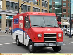 Postes Canada Post 3355144 (TheTransitCamera) Tags: delivery van courier stepvan box truck lorry postes canadapost mail victoria bc britishcolumbia canada citycentre