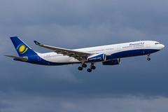 RwandAir / A333 / 9XR-WP / EBBR 25L (_Wouter Cooremans) Tags: ebbr bru brusselsairport zaventem spotting spotter avgeek aviation airplanespotting rwandair a333 9xrwp 25l