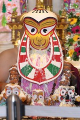 Snana Yatra 2017 - ISKCON-London Radha-Krishna Temple, Soho Street - 04/06/2017 - IMG_2430 (DavidC Photography 2) Tags: 10 soho street london w1d 3dl iskconlondon radhakrishna radha krishna temple hare harekrishna krsna mandir england uk iskcon internationalsocietyforkrishnaconsciousness international society for consciousness snana yatra abhishek bathe deity deities srisri sri lord jagannath baladeva subhadra 4 4th june summer 2017