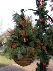 07 Planter (megatti) Tags: christmas lahaska pa peddlersvillage pennsylvania planter