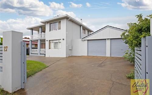 27 Maddecks Avenue, Moorebank NSW