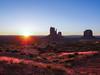 Monument Valley -19 (Webtraverser) Tags: monumentvalley navajoreservation sunrise themittens