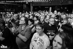 2017 Bosuil-Het publiek bij Hoodoo Monks en The Red Devils 8-ZW