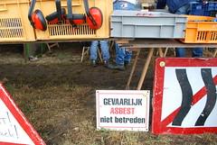 Flea market (13-volt) Tags: oldtimerdag saasveld flea market danger asbestos sign