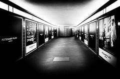 Potsdamerplatz (Castro Camilo) Tags: estacion pasillo hall potsdamerplatz