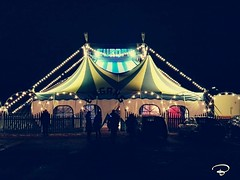 THE WORLD IS A CIRCUS... #circus #Zirkus #world #night #nightshot #cityscape #Schweinfurt #Photographie #photography (benicturesblackwhite) Tags: zirkus nightshot night photography cityscape schweinfurt world photographie circus