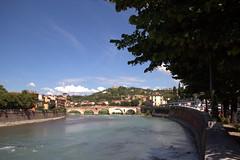 Verona (vastanogiovanni) Tags: ponti fiumi verona veneto vacanze 2010