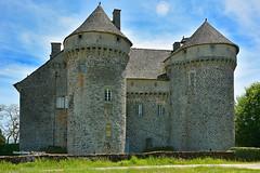 Ally Cantal Auvergne-Rhône-Alpes ( photopade (Nikonist)) Tags: château castle cantal auvergne châteaufort apple imac nikon nikond7100 affinityphoto afsdxvrzoomnikkor1685mmf3556ged
