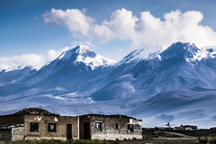 Andes between Puno and Cuzco, Perù (Detail). (dvdcrst) Tags: andes mountains landscape perù visitperu sky snow winter southamerica