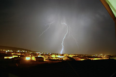AA (berserker170) Tags: rayo ray relampago lightning tormenta strorm eos extremadura 550d noche night flickrexploreme