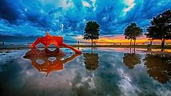 PARKBOSTANLI (COSKUNTUNA ... 3.499.000 ... THANK YOU) Tags: coskuntuna eralpege 2017 turkey türkiye travel red reflection random rainbow bravo ege 3e eos70d canon70d canon clouds colouds sunset sky sea siluet view visit beauty beautiful blue bostanli bostanlı natura nature life love live landscapes landscape