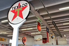 Walden Speed Shop Open House 2017 (USautos98) Tags: texaco sign