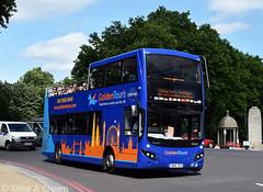 DSC_5916w (Sou'wester) Tags: bus buses publictransport psv london londontransport lt lrt tfl hydeparkcorner