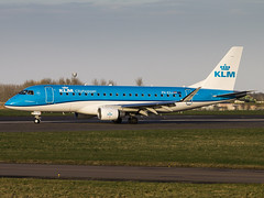 KLM Cityhopper | Embraer ERJ-175STD | PH-EXJ (Bradley at EGSH) Tags: egsh nwi norwichairport norwich norfolk canon70d aircraft air aviation airplane airport plane photgraphy flying klmcityhopper embraererj175std phexj klm e170 e175