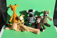 IMG_0299 (korova08) Tags: crochet amigurumi tigre girafe monstre gentil loup singe