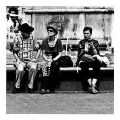 funboy three (japanese forms) Tags: ©japaneseforms2017 ボケ ボケ味 モノクロ 日本フォーム 黒と白 bw blackwhite blackandwhite blancoynegro bokeh candid funboythree monochrome pun random schwarzweis square squareformat strasenfotografie straatfotografie streetphotography vlaanderen woordspeling wortspiel zwartwit