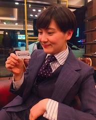 Claudia (bof352000) Tags: woman tie necktie suit shirt fashion businesswoman elegance class strict femme cravate costume chemise mode affaire