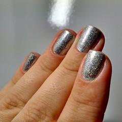 Brilho Brilhoso II (Raíssa Assis) Tags: glitter esmalte brilho nais instanail manicure unhadodia prata nailoftheday silver notd nail unhas