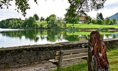 S'assoir un instant... (Diegojack) Tags: paysages lac brêt eau calme douceur zen reflets banc