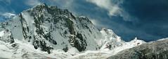 Souvenir des années 90... (Yvan LEMEUR) Tags: montagne montblanc massifdumontblanc alpes alpinisme neige glacier glace glacierdeleschaux glacierdumontmallet extérieur france refugedeleschaux hautesavoie chamonix facenord mountain