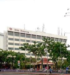 Hotel Inna Simpang (Everyone Sinks Starco (using album)) Tags: surabaya gedung architecture arsitektur eastjava jawatimur building hotel